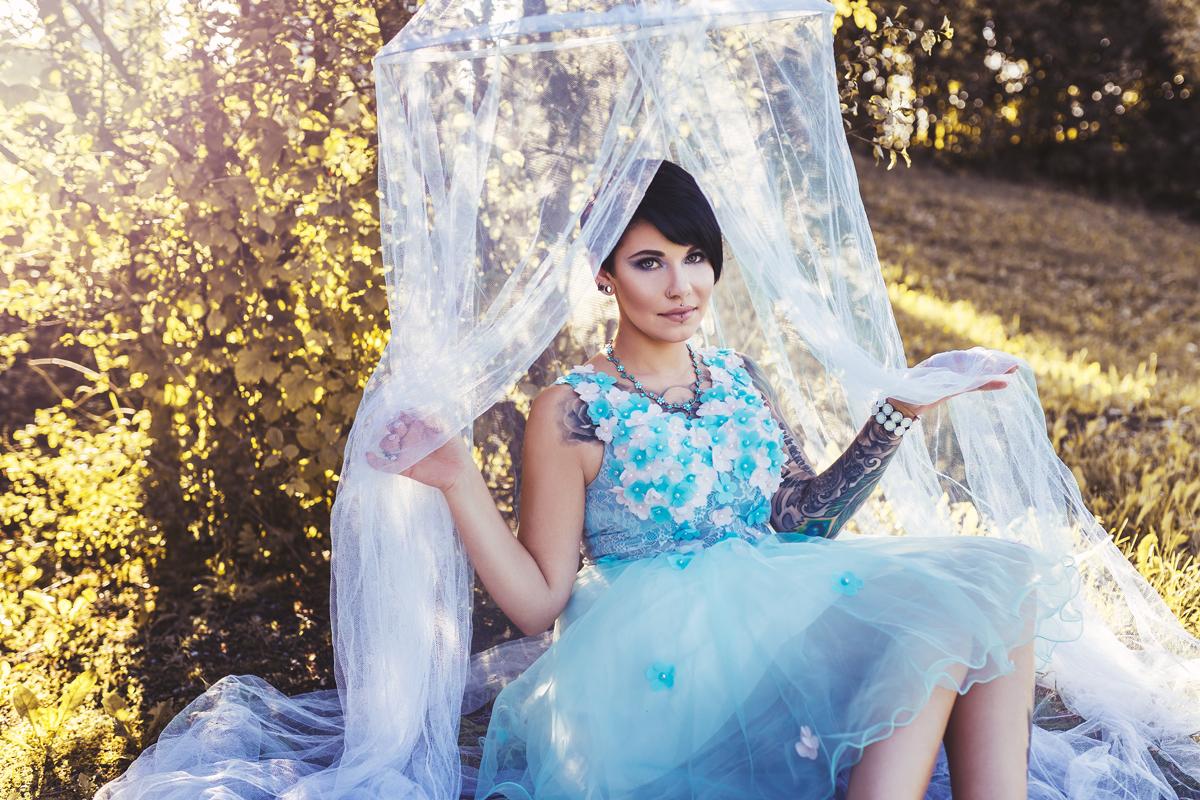 Foto mit Himmelbett und Prinzessinnenkleid